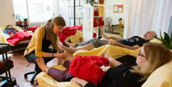 community acupuncture for cravings