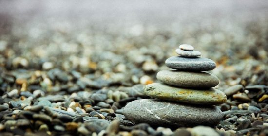 minimalism declutter simplify or both strategies for creating rich simple and successful lives