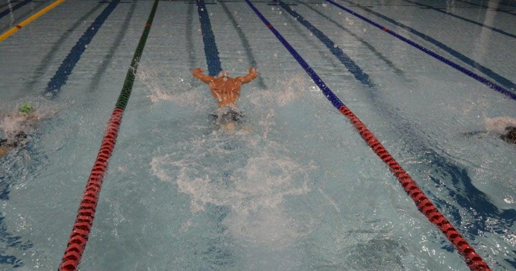 threshold swimming short rest intervals