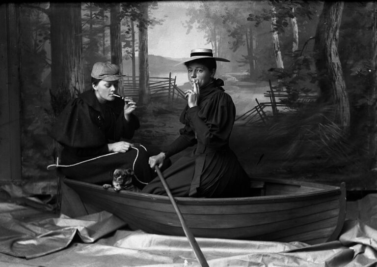 Mary Høeg & Bolette Berg in the Boat