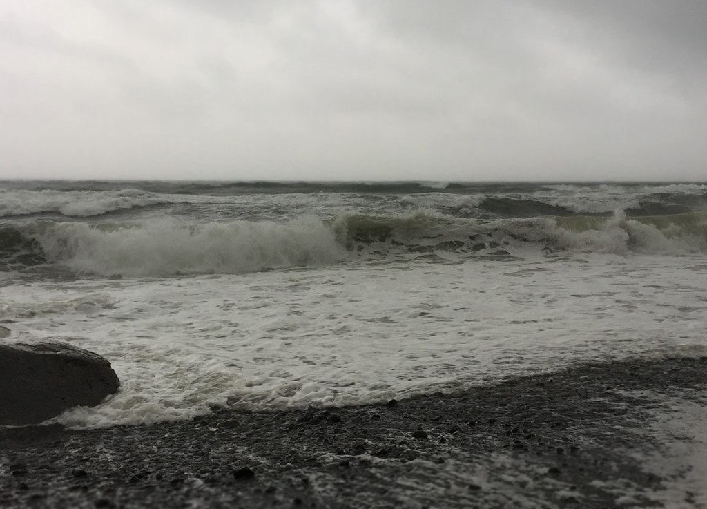 winds waves and extreme weather