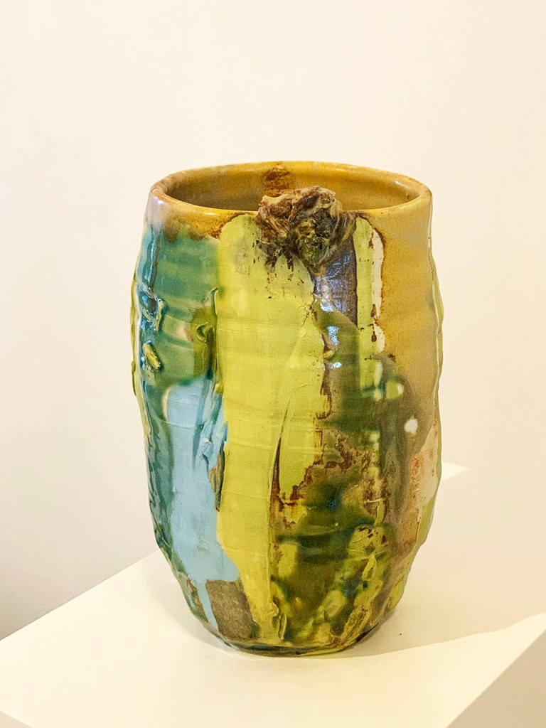 tall wide pottery vase 23w