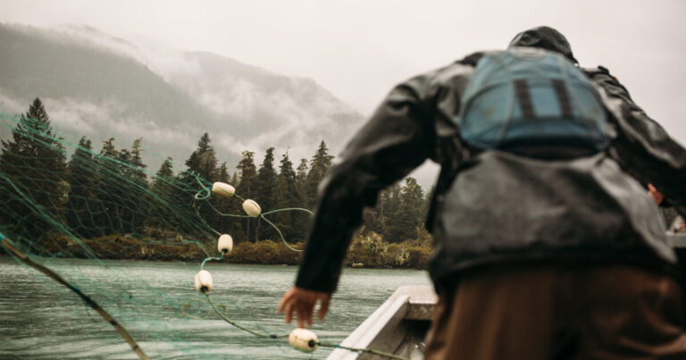 Reciprocity and Research – how Raincoast and the Wuikinuxv Nation collaborated on ecosystem-based fisheries management research