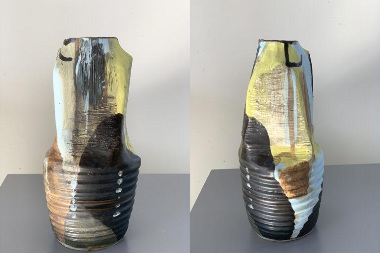 Tall pottery vase (10G)