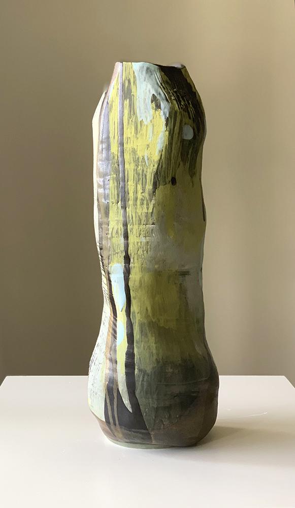 Tall pottery vase (13I)