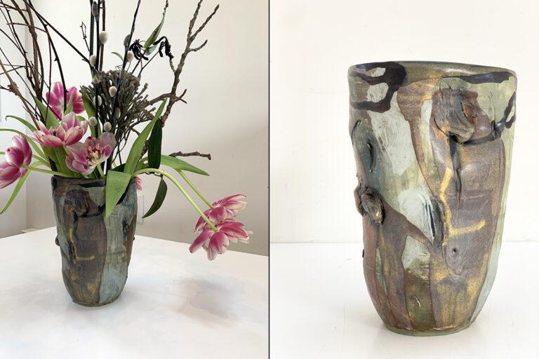 Wide pottery vase (7C)